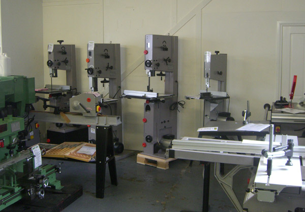 Woodoworking machinery